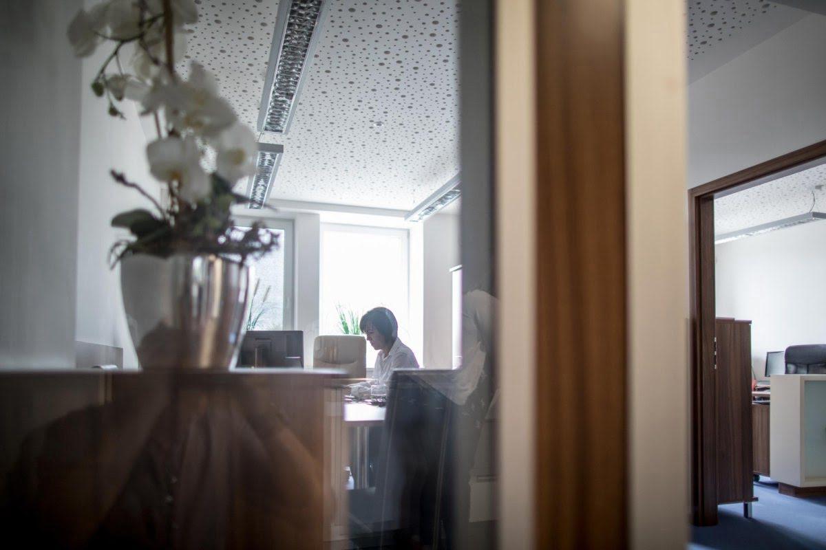biuro firmy warido, która tworzy system inteligentnej księgowości i świadczy usługi księgowe online